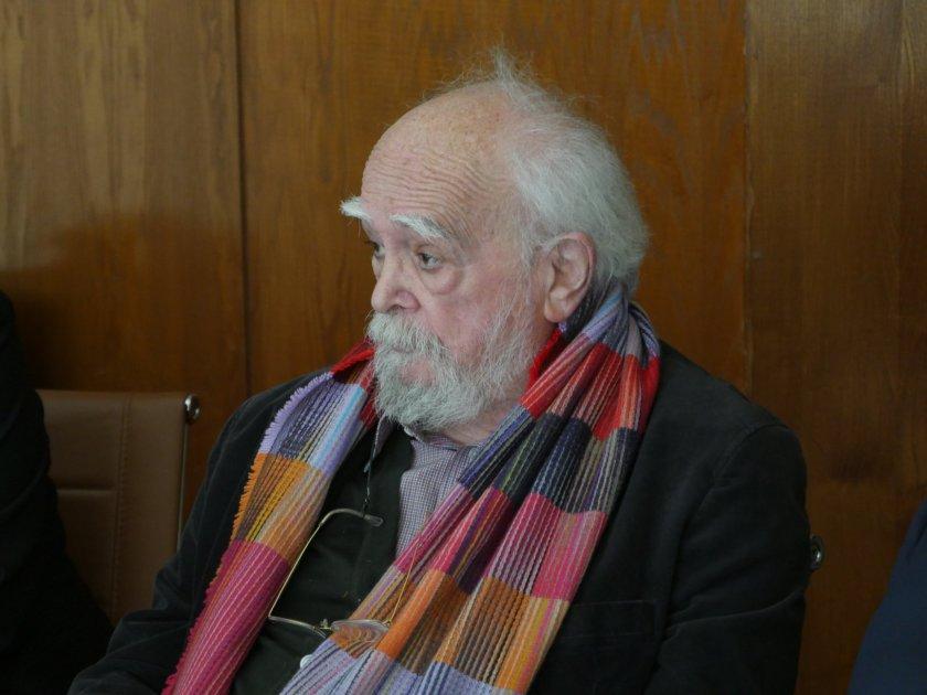 Ο Π.Λαζαρίδης στους 100 της πρωτοβουλίας